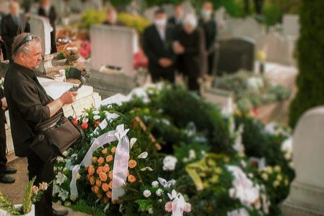 Online temetésközvetítés kegyeleti fotózás